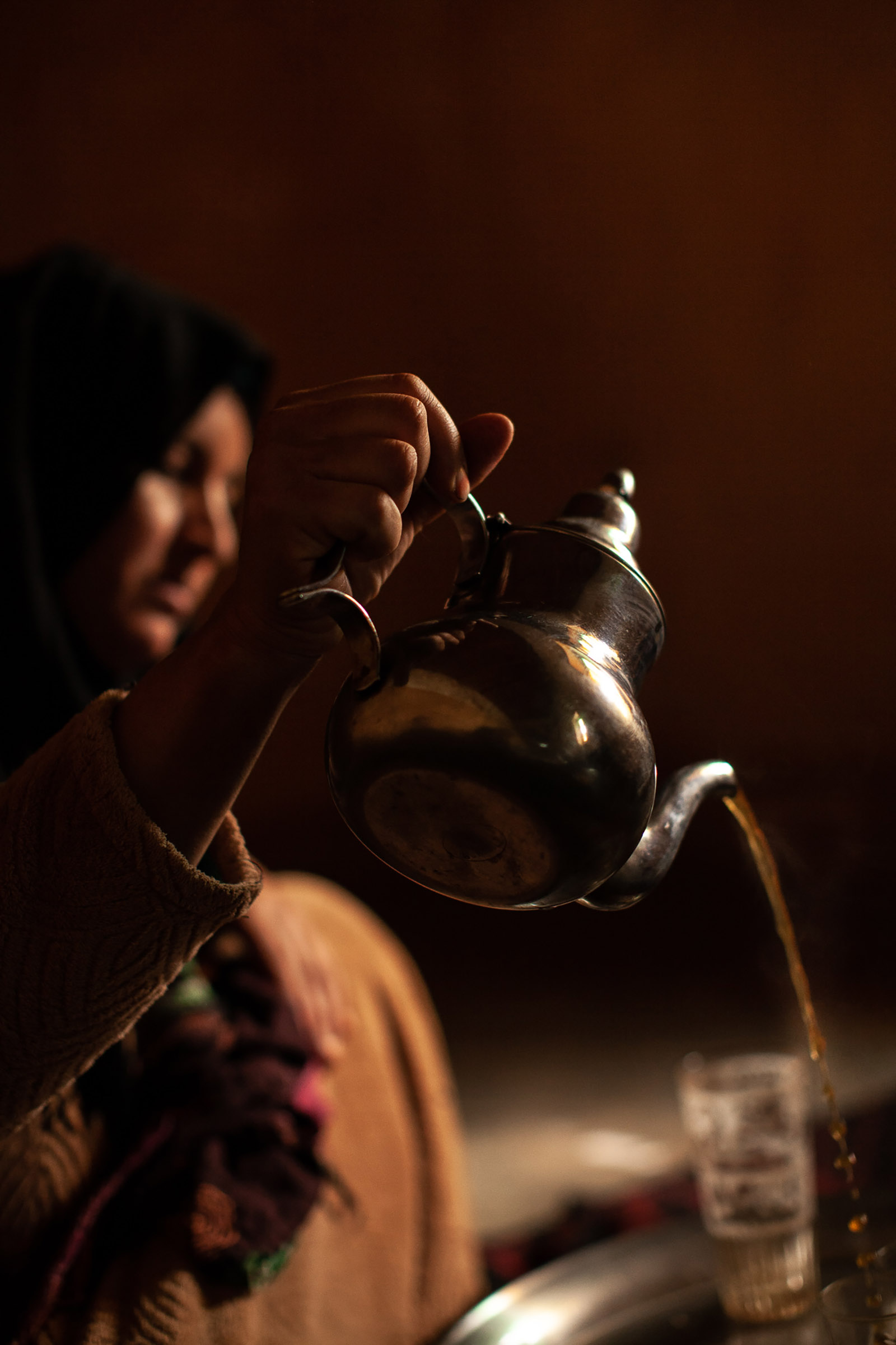 Woman in tafraoute seves tea